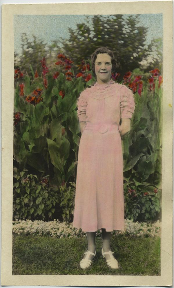 fp8250(Tinted-Girl-Garden)