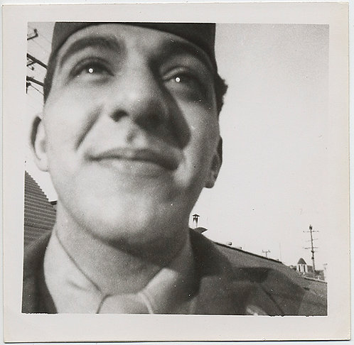 STUNNING BRIGHT EYED SMILING HANDSOME SOLDIER TOO CLOSE-UP to CAMERA