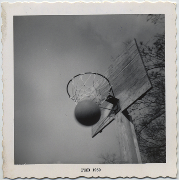 fp5049(BasketballHoop_Feb1959_ActionShotScore)