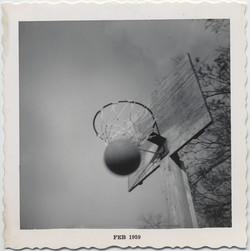 fp5049(BasketballHoop_Feb1959_ActionShotScore)