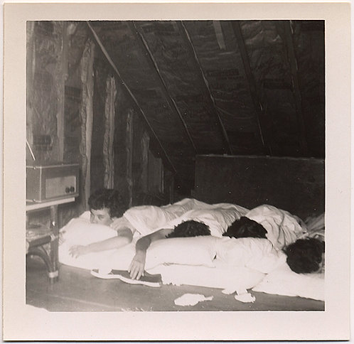 SLUMBER PARTY WOMEN PASSED OUT in ATTIC on FLOOR MATTRESSES VINTAGE RADIO