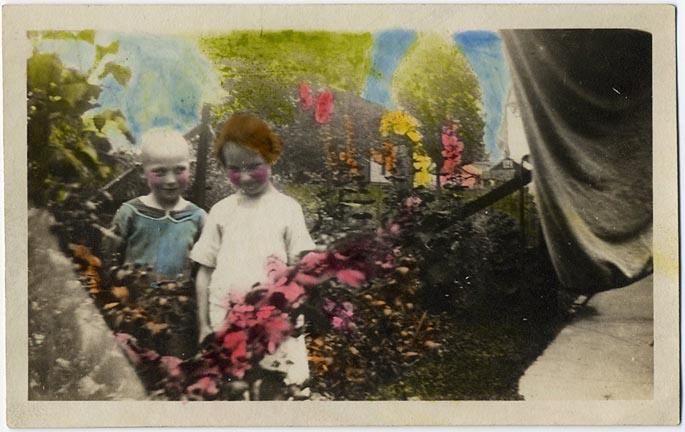 fp1695 (colored-children-garden)