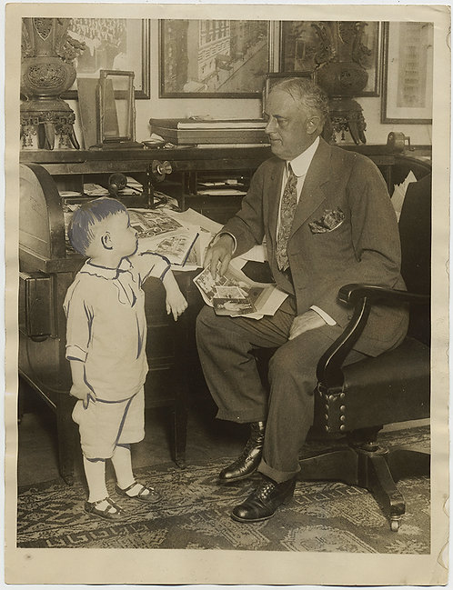 PAINTED PRESS PRINT FDR ENGAGED in CONVERSATION w CARTOON DRAWN CHILD