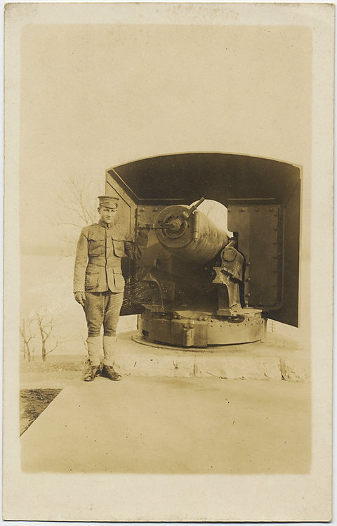 ONE SOLDIER and his VERY BIG CANNON!