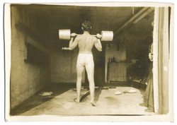 fp2571(Man_Back_LiftingWeights_BareButtocks)