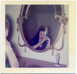 fp1038 (woman in ornate mirror)