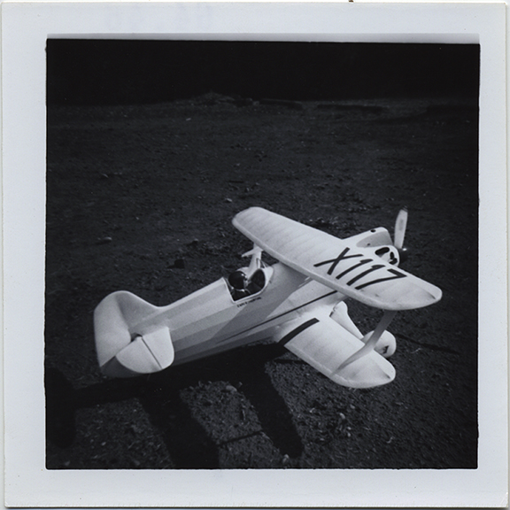 fp6412(ToyAirplane_X117_Shadow)