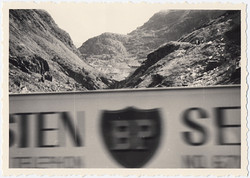 fp0740(Blur_BPSign_Mountains)