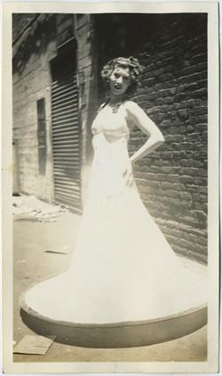 fp8214(Glowing-Hoop-Skirt)