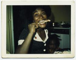 fp2380(PO_Woman_ChewingBone)