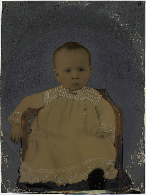 SUPERB RELAXED INFANT PRETTY CHRISTENING DRESS FULL PLATE TINTYPE HAND PAINTED