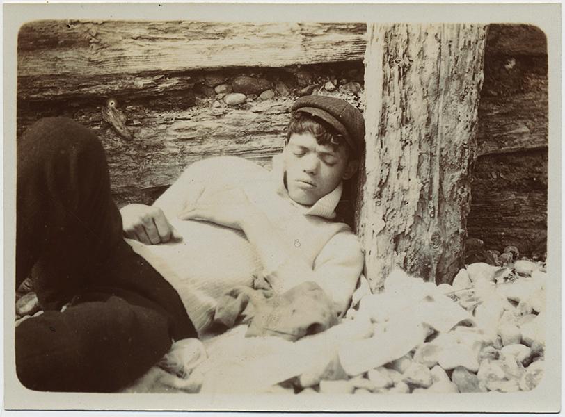 fp10274(Boy-Cap-Asleep)