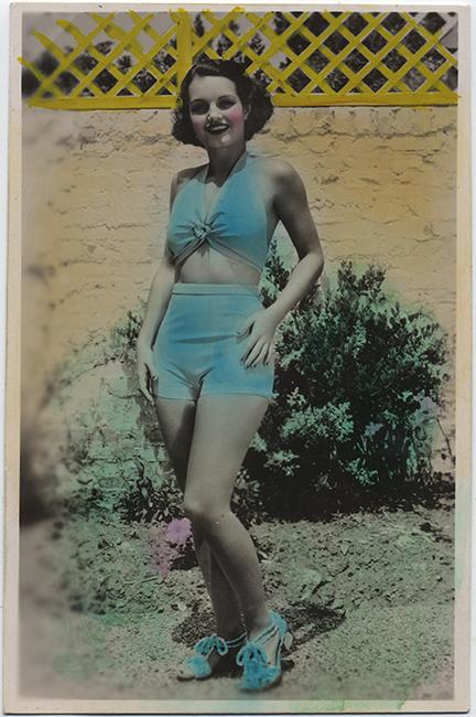 fp6544(RPPC_WomanInSwimsuit_TintedBlue_YellowFence)