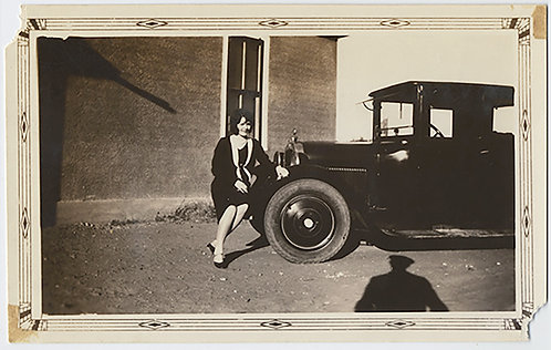 WONDERFUL WOMAN POSES on BUMPER for PORTRAIT w VINTAGE MODEL T FORD GREAT SHADOW