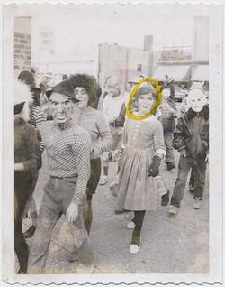 fp6179(HalloweenParage_MasksCostumes_YellowCircleDrawn)
