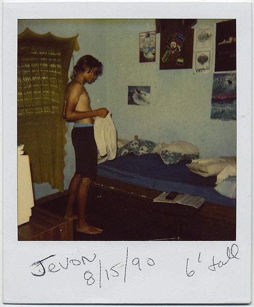 POLAROID LANKY EARLY TEENAGER Jevon HITS 6' TEEN BEDROOM KNIT WINDOW COVERING