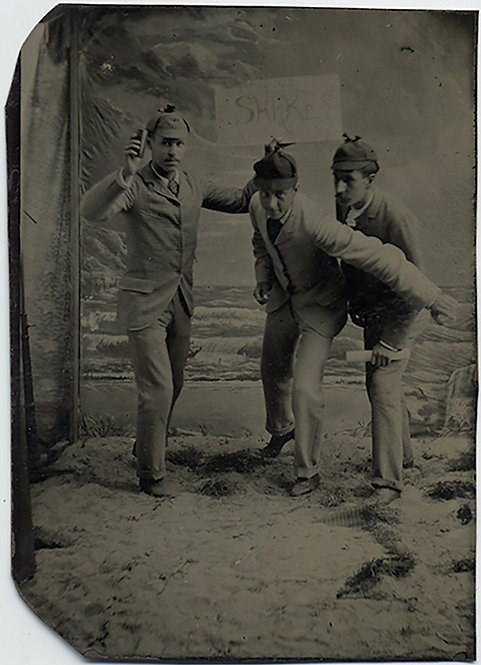 "EXTRAORDINARY UNUSUAL TINTYPE MEN START RACE w UMPIRE HLLDING ""SHAKE"" SIGN WEIRD"