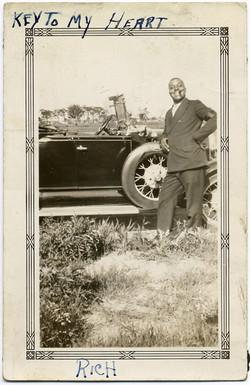 fp2213(BlackMan-Car-Caption)