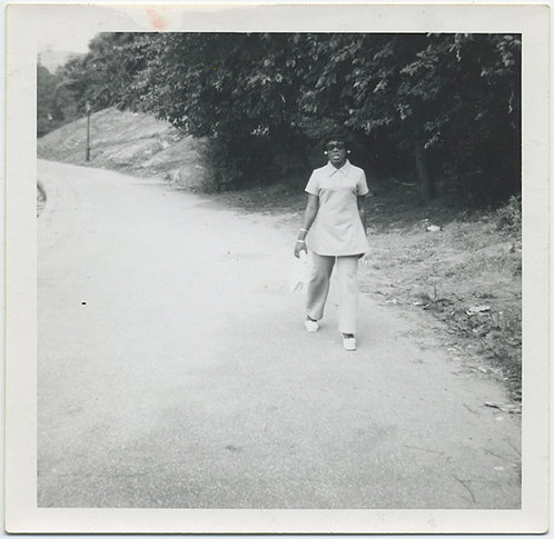 CONFIDENT BLACK WOMAN goes for a stroll down lane!