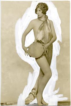 fp1218 (Vaudeville Dancer w Tambourine)
