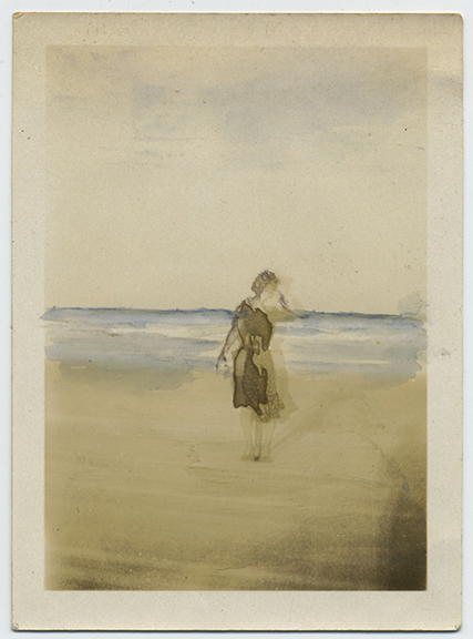 fp3792(GhostedWoman_Beach-tinted)