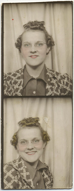 PHOTOBOOTH STRIP PORTRAIT QUIRKY WOMAN w FABULOUS JACKET ODD HAIRSTYLE TINTED