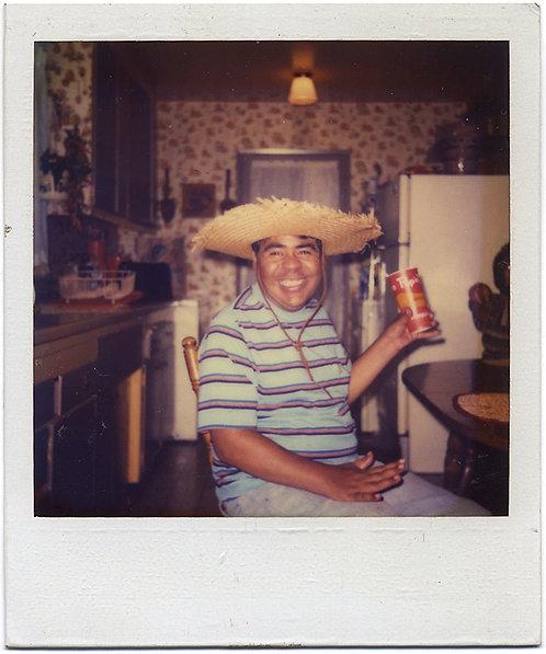HAPPY HISPANIC MAN in FAB 70s KITCHEN w AWESOME STRAW HAT & BEVERAGE
