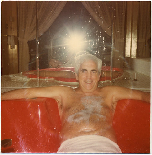 OLD LOTHARIO in JACUZZI SPA COVERED in FOAM w  MIRROR FLASH