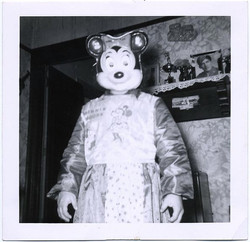 fp1811 (scary-minnie-mouse)