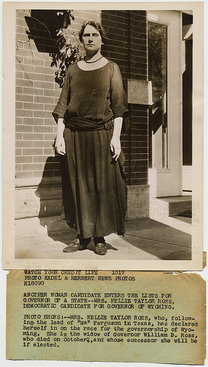 PRESS PHOTO 1st WOMAN GOVERNOR WYOMING Nellie Taylor Ross DOWDY MANLY WOMAN