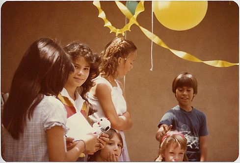 80s KIDS BIRTHDAY with KID PHOTOBOMBING YOUNG GIRL, BALLOONS & more