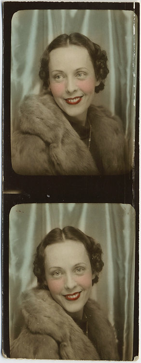 BEAUTIFUL HAND TINTED PHOTOBOOTH STRIP ELEGANT SMILING WOMAN in FUR