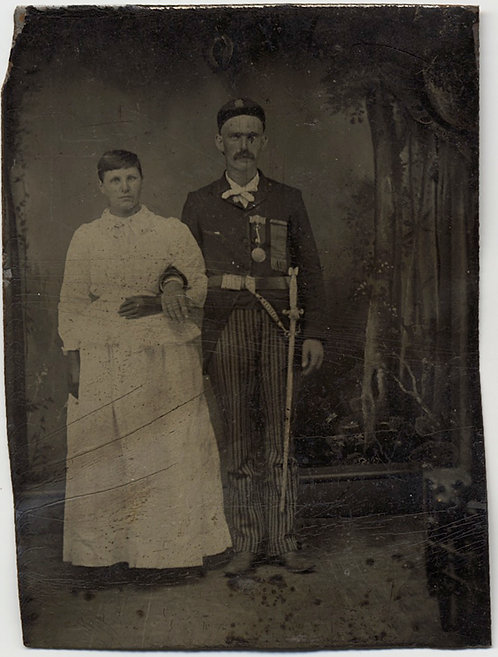 INTERESTING TINTYPE DOUR COUPLE MAN in SOLDIER's CEREMONIAL DRESS
