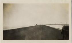 fp8233(Vanishing-Point-Road)
