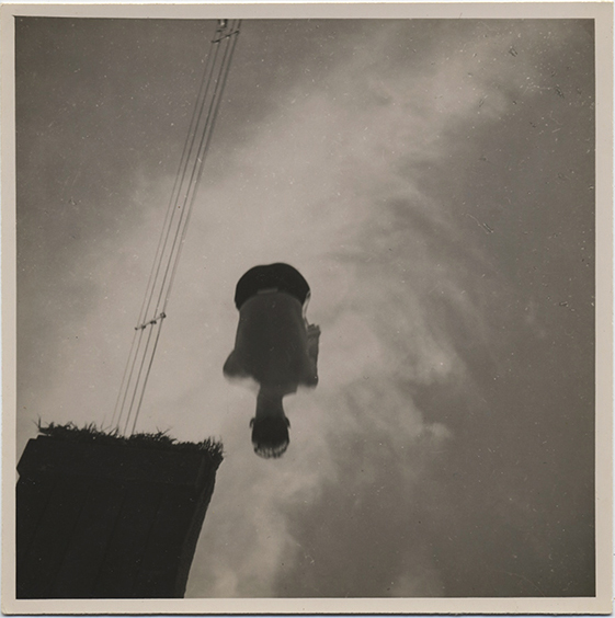fp3684(Man-CannonballDive_Sky)