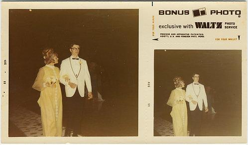 BONUS PHOTO DIPTYCH GIRL w BIG BEEHIVE HAIR & NERD DATE in WHITE TUX ATTEND PROM