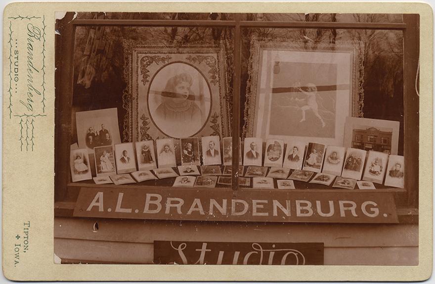 fp5293(Brandenburg_CC_ALBrandenburgStudio)