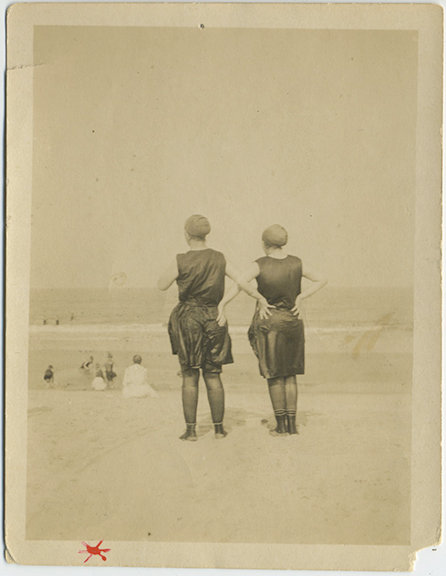 WET BEACH BATHING BEAUTIES LOOK OUT to SEA with BACKS TO CAMERA ARMS AKIMBO!