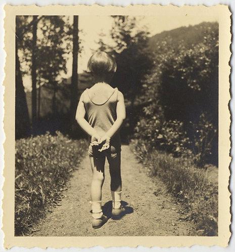 STUNNING GORGEOUS CINTEMPLATIVE CHILD WALKS AWAY fm PHOTOGRAPHER BACK to CAMERA