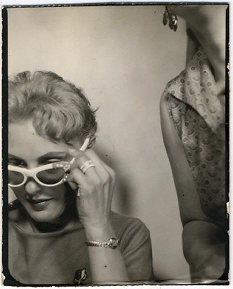 fp1929 (PB-Woman-White-Sunglasses