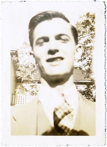 fp2088 (Blur-Man-Smiles)