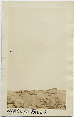 fp6793(CaptionNiagaraFalls)