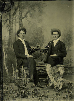 fp0631 (two young men)