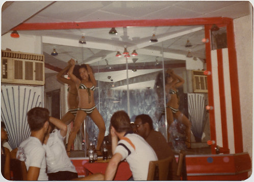 STRIPPER GYRATES DANCES for HORNIY YOUNG MAN in CHEAP GO-GO CLUB