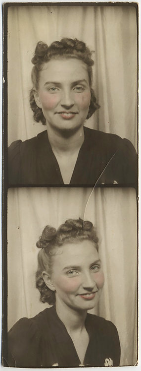 LOVELY PARTIAL PHOTOBOOTH STRIP TINTED TOOTHY WOMAN
