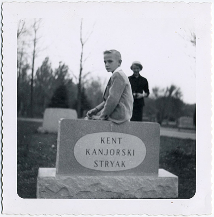 fp1102 (boy on gravestone)