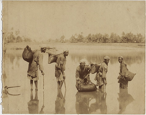 GORGEOUS ALBUMEN EGYPTIAN WATER CARRIERS w REFLECTION and WATER SKINS NILE EGYPT
