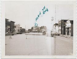 fp5852(RoadClosed_StreetBlockade_ManOnRoof)