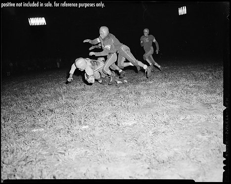 PRESS NEGATIVE HIGH SCHOOL FOOTBALL NIGHT GAME ACTION TOUCHDOWN TACKLE