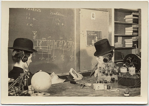 UNUSUAL MEN in CLASSROOM in TOP HAT BOWLER STUDY ELECTRICAL CIRCUITS ELECTRICITY